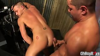Backyard Hunk Blowjob And Bareback Anal Plowing
