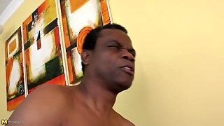 Amateur Mature Mom Takes Mature Black Cock