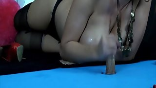 Cuban Mommy With Big Butt