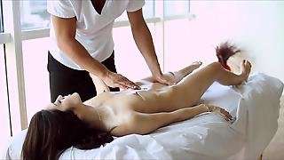 Hot Asian Beauty Gets A Sexy Rub Down