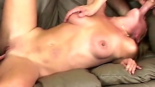 Amateur Blonde Oral Pleasure