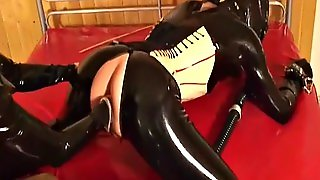 Latex Mistress Fisting Slave