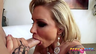 Housewife Ryan Conner Rump Bang Make Love And Facial