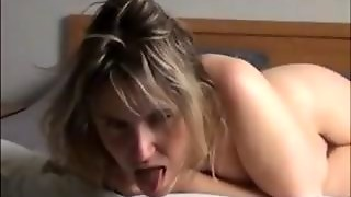 Toying With That Mature Pussy On A Bed