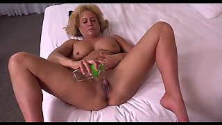 49Yo Cougar Mom Candy Sucks And Fucks In Pov