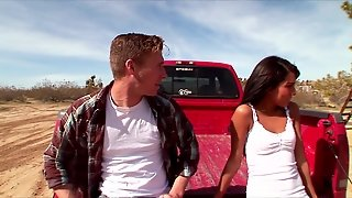 Slutty Young Horny Brunette Babe Fucks Big-Dick In A Pickup Truck