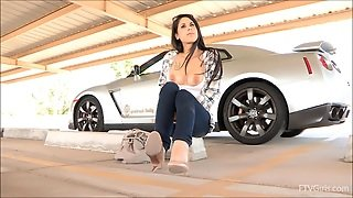 Teen Latina Give You A Boner In A Parking Lot