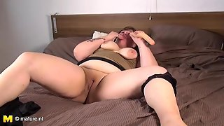 Fatty Sucks On Her Toy And Bangs Her Snatch
