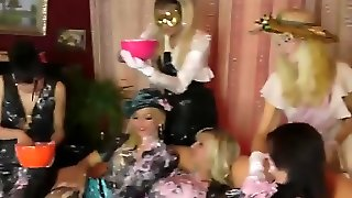 Crazy Ladies Smear Bodies With Birthday Cake And Lick Sweet Pussies