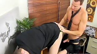Duncan Gets Fucked In The Office - Duncan Black And Jason Sparks