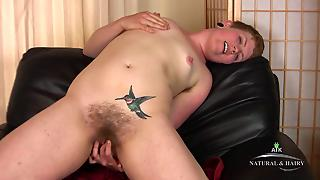 Short Haired Teen With Tiny Titties And Tattoo Streches Her Fish Lips