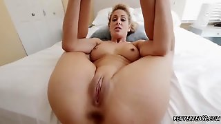 Mom Jacks Off Comrade Friend Cherie Deville In Impregnated By My Steppatron S Son