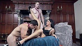 India Summer Gets Licked By One Stud While Sucking The Other Guy's Cock