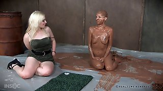Shaved Beauty Abigail Dupree Having A Very Messy Bdsm Adventure