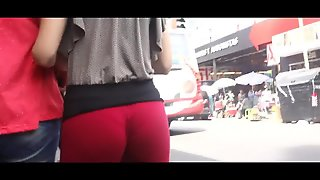 Red Teen Tries To Jiggle