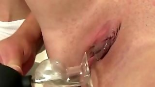 Solo Teen Pissing And Masturbation
