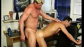 Servicing A Dick's Dick