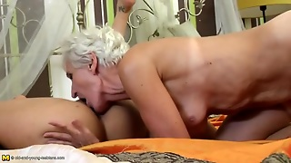 College Girl Eats Out A Hot Granny Asshole