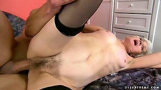 Grannies, Pussy Licking, Hairy, Hardcore