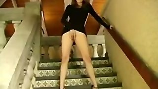 Hot Girl Masturbating And Squirts