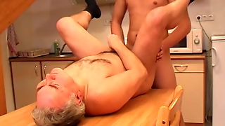 Do It Now, Before Daddy Gets Back - Julia Reaves