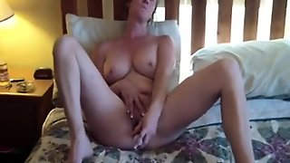 This Sexy Mature Slut Likes To Take Action All