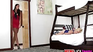 Petite Blonde Teen Piper Perri Gets Banged By A Milf