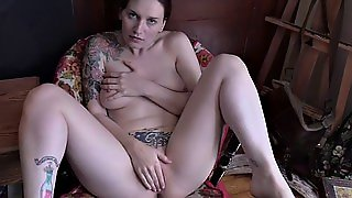 Mom S Tease Turns Into A Creampie