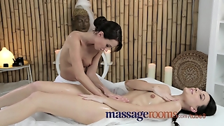 Pussy, Fingering Hd, Tits And Ass, Sex Wet, Intense Lesbian, Hd Lesbian Sex, Oiled And Orgasm, Massage Oral