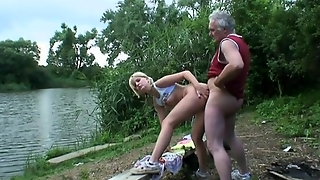 Grandpa Loves Sex In Nature