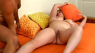 Fat Girl Seduces Dude To Bang Her Very Well