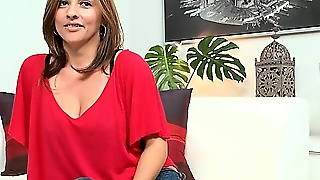 Sexy Milf With Sexy Nylons