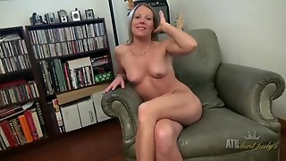 Chatty Mom Has A Spectacular Pair Of Perky Tits