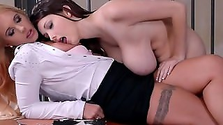 Sexy Pussy Riding Dick