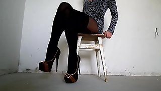 Pantyhose Legs In Pantyhose And Heels