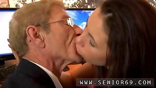 Old Fart With Glasses Sucked Off By A Teen Maid