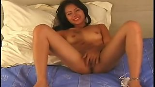 Sexy Amateur Asian Masturbating