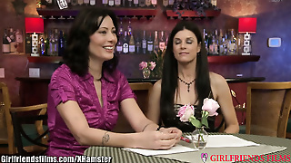 India Summer And Zoey Holloway: Scissoring Milfs