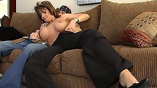 Busty Mature Slut Deauxma Gives Hot Blowjob To Johnny Sins