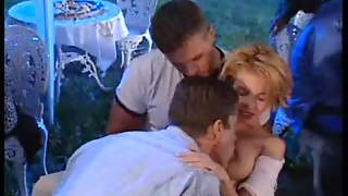 Outdoor Orgy With Dp And Facial
