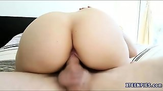 Pretty Teen Courtney Loxx Creampied After Getting Fucked