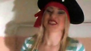 Sexy Pirate Girl Gets Diddled While College Fuck Party