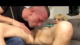 Mature With Hairy Pussy And Saggy Tits Fucked By Youg Guy