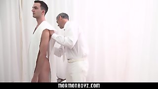 Mormonboyz- Mormon Missionary Molested By Sexy Older Man