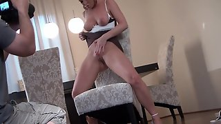Brunette Silvia Saint Strips And Plays With Her Beaver