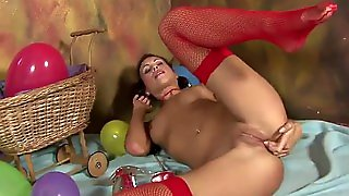 Horny Teen Masturbates With Stockings On
