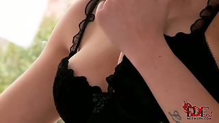 Sexy Brunette Babe Isla Dressed In Black Shows Her Naughty