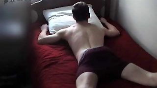 Azeri Guy Jerks Off On A Bed