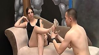 Footworshiped Tranny Receives A Rimjob
