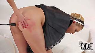 Sexy Maid Victoria Summers In Black Uniform Takes Off Her